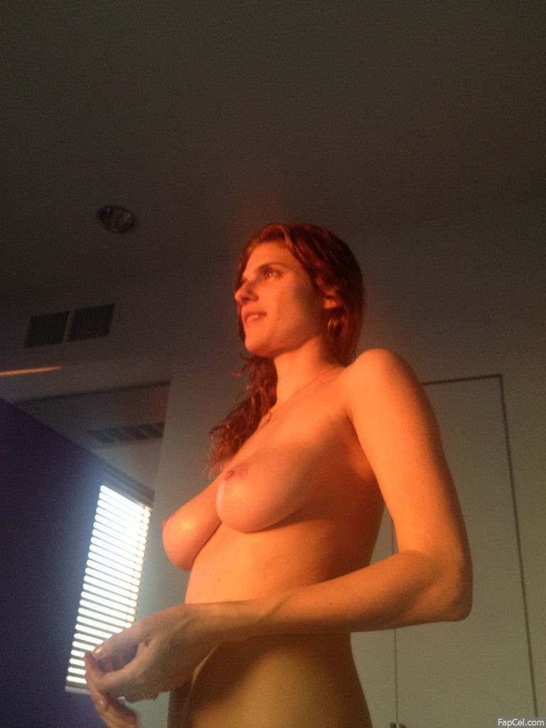 Lake Bell Fully Nude Posing 2