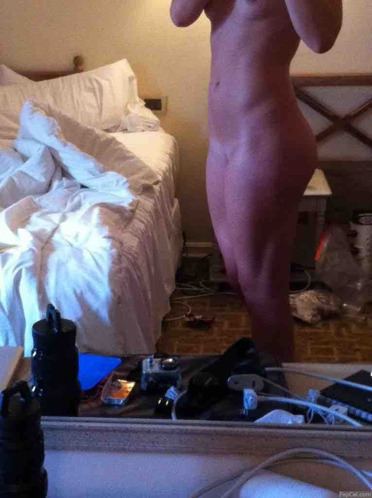 Lindsey Vonn Naked in Front of the Mirror 2