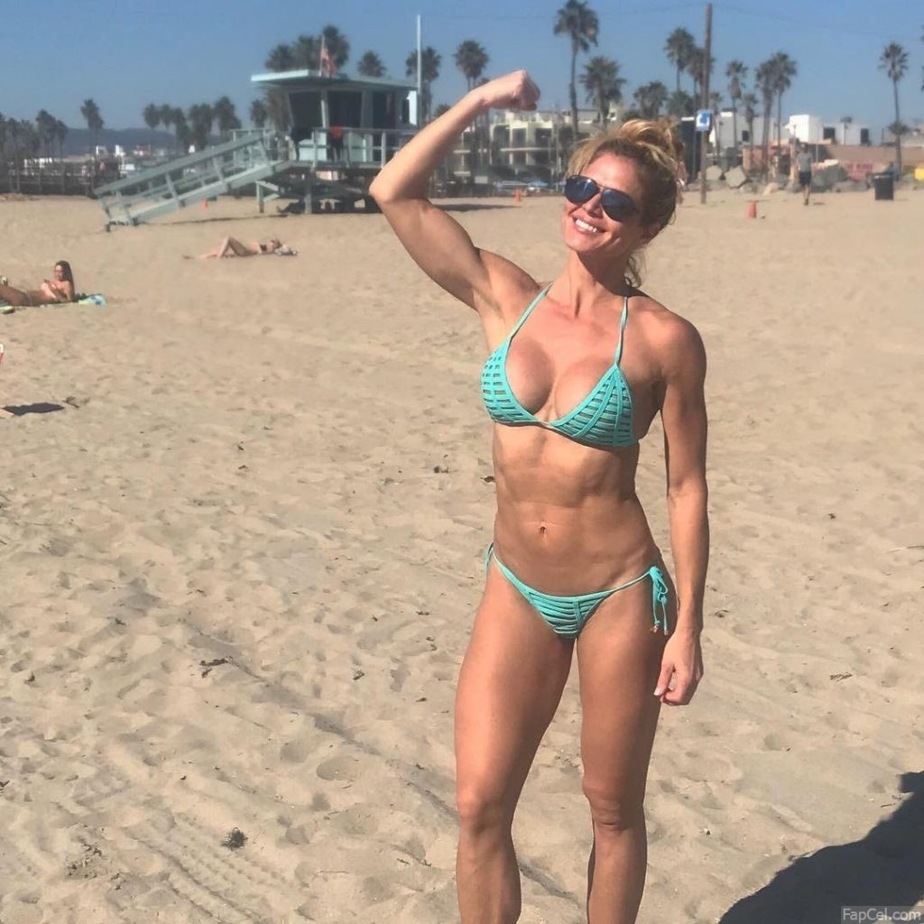 Fit Torrie Wilson in Bikini