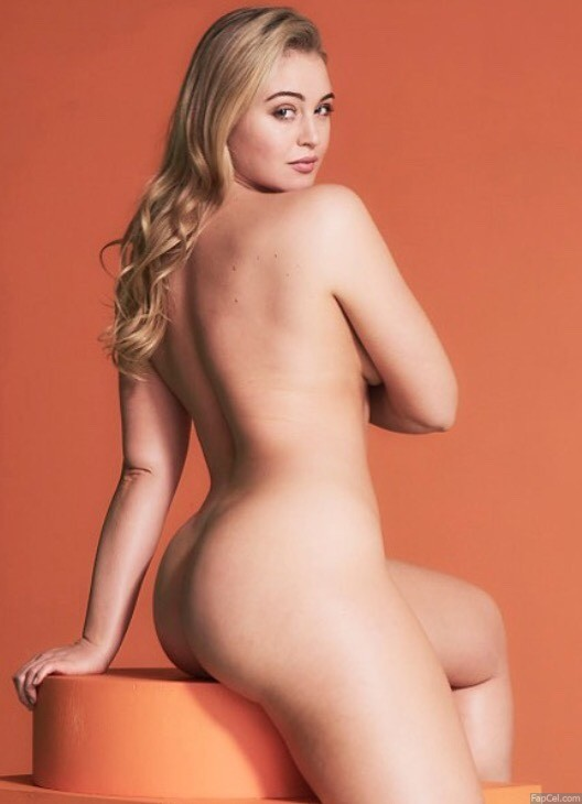 Iskra Lawrence Fully Naked