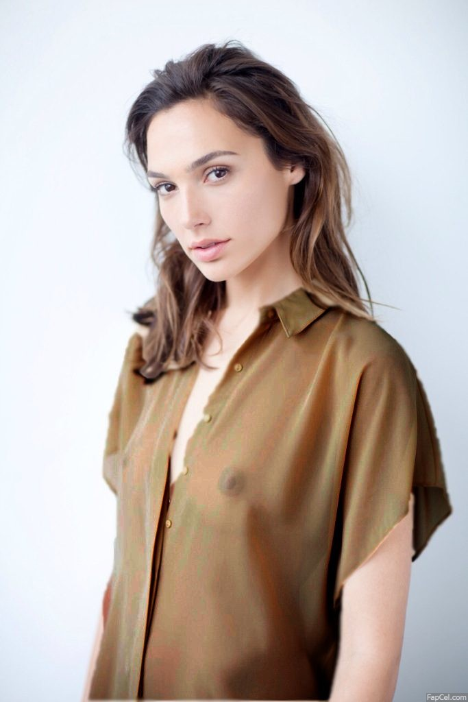 Gal Gadot Showing a Nipple