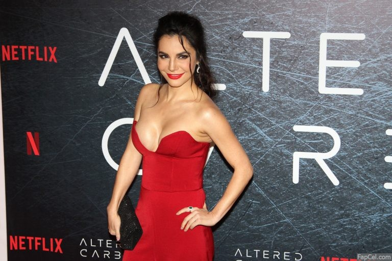 Martha Higareda Showing Her Cleavage